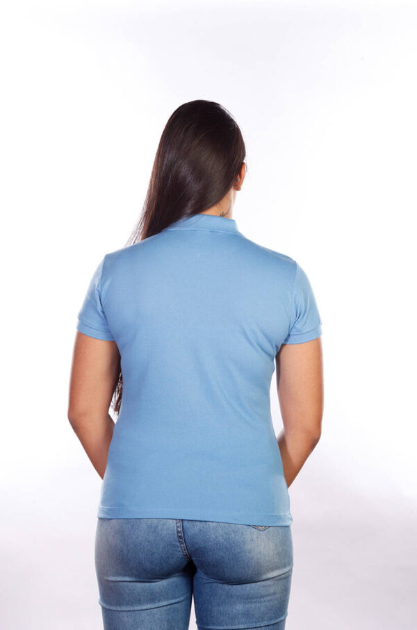 camisa-polo-para-empresa-classica-feminina-azul-celeste-costas
