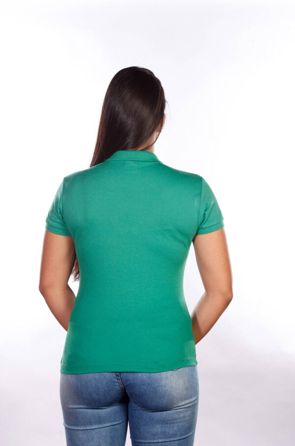 camisa-polo-para-empresa-classica-feminina-verde-bandeira-costas