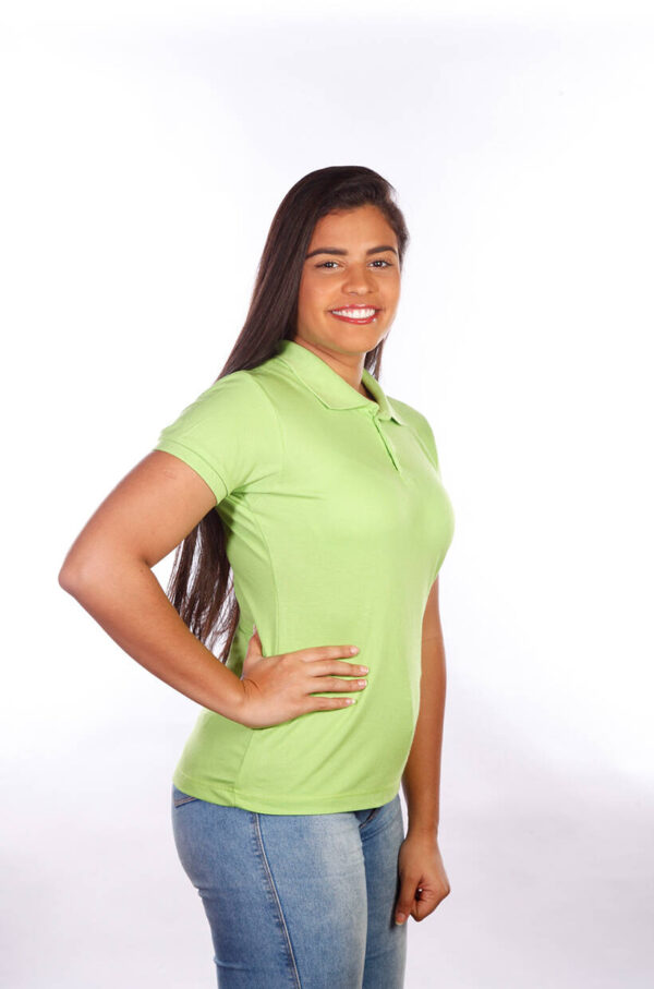 camisa-polo-para-empresa-classica-feminina-verde-limão-lado