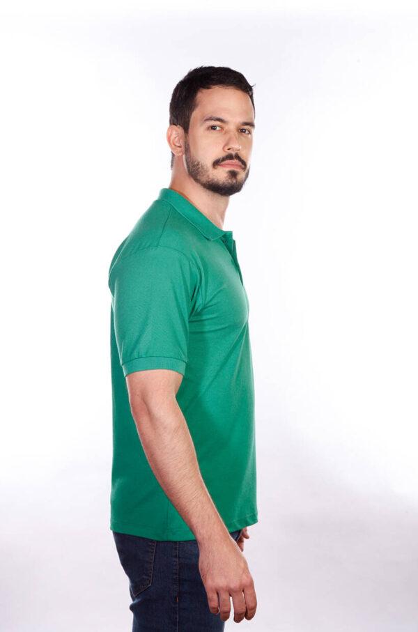 camisa-polo-para-empresa-classica-masculina-verde-bandeira-lado