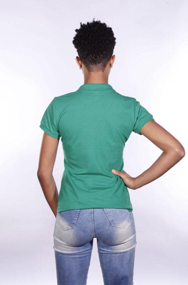 camisa-polo-para-empresa-ecoline-feminina-verde-bandeira-costas
