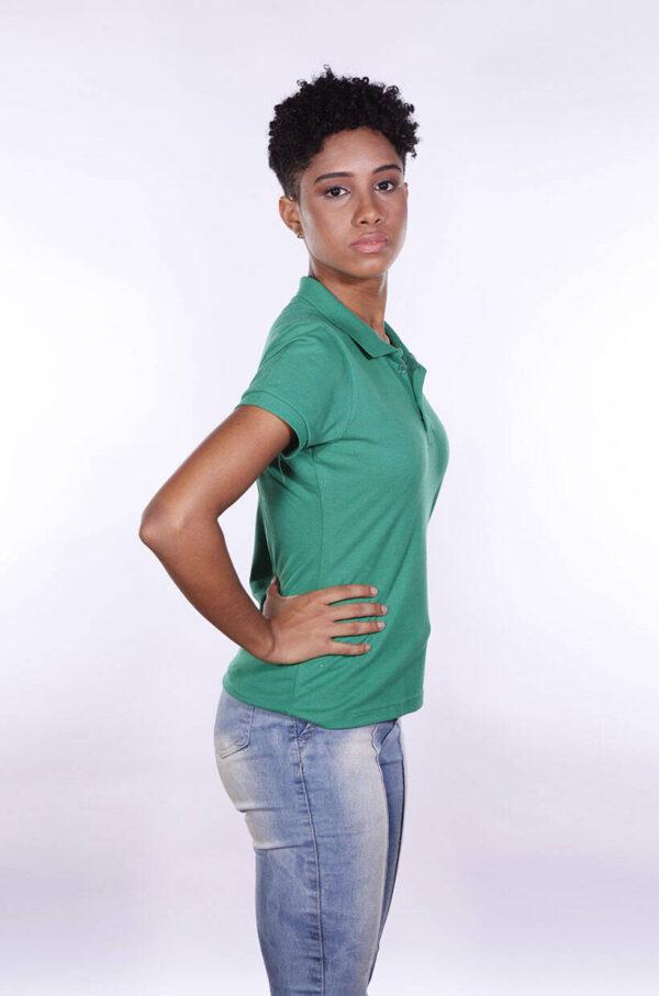 camisa-polo-para-empresa-ecoline-feminina-verde-bandeira-lado-2