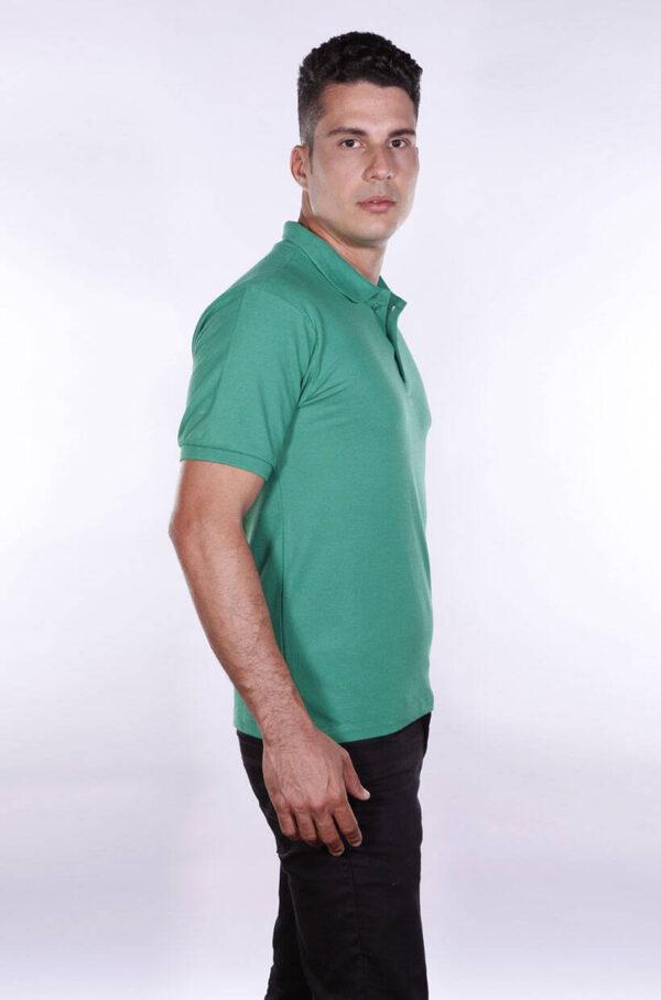 camisa-polo-para-empresa-ecoline-masculina-verde-bandeira-lado-2