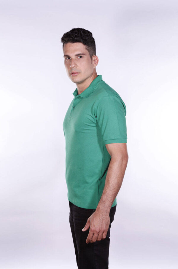 camisa-polo-para-empresa-ecoline-masculina-verde-bandeira-lado