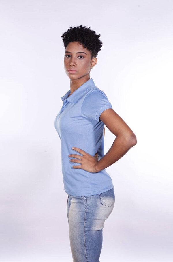 camisa-polo-para-empresa-poliester-feminina-azul-celeste-lado