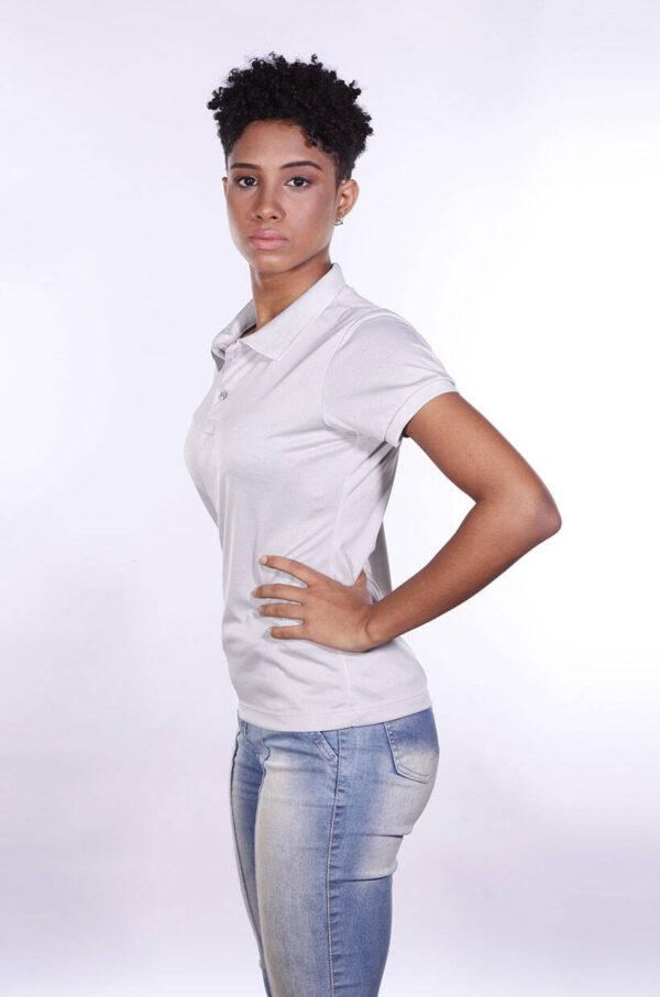 camisa-polo-para-empresa-poliester-feminina-cinza-claro-lado-2