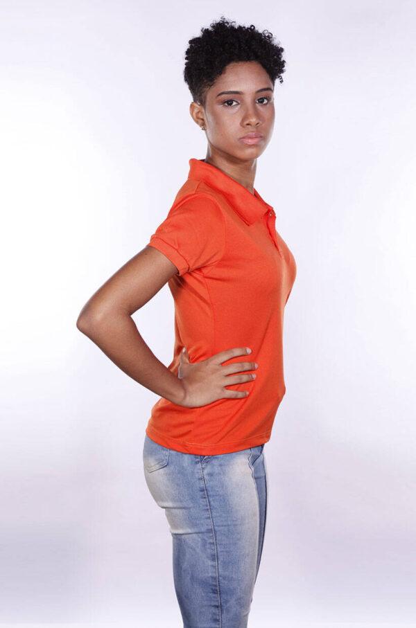 camisas-polo-para-empresa-poliester-feminina-laranja-lado-2