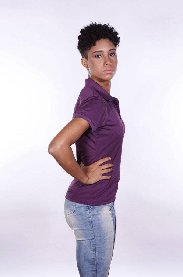 camisa-polo-para-empresa-poliester-feminina-roxa-lado-2