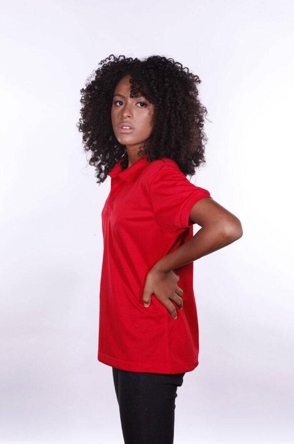 camisa-polo-para-empresa-poliester-feminina-vermelha-lado