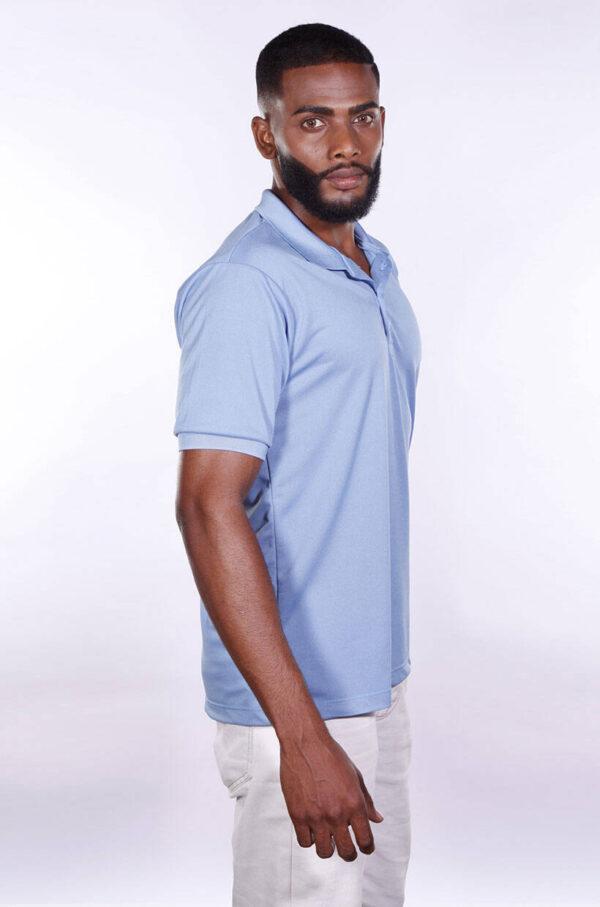 camisa-polo-para-empresa-poliester-masculina-azul-celeste-lado-2