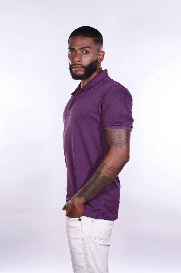 camisa-polo-para-empresa-poliester-masculina-roxa-lado